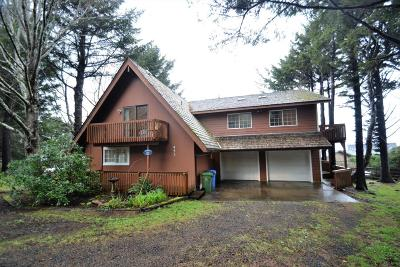 Yachats Single Family Home For Sale: 453 Hwy 101