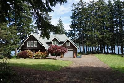 Lincoln City OR Single Family Home For Sale: $759,000