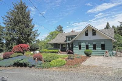 Lincoln City OR Single Family Home For Sale: $469,000
