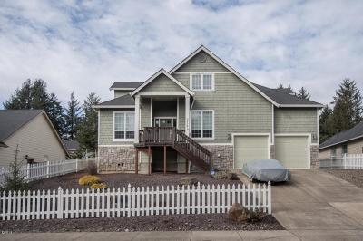 Lincoln City Single Family Home For Sale: 5779 NE Voyage Way