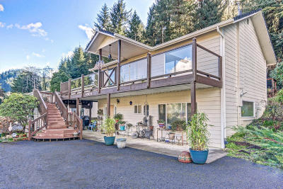 Waldport Single Family Home For Sale: 4504 E Alsea Hwy