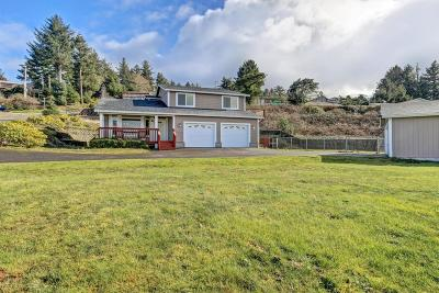 Newport Single Family Home For Sale: 821 SE Vista Dr