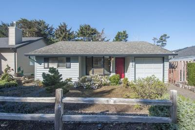 Lincoln City Single Family Home For Sale: 2345 NW Keel Ave