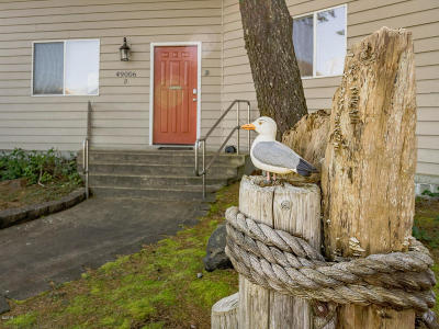 Neskowin Condo/Townhouse For Sale: 49006 S Hwy 101 #D