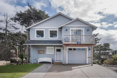 Lincoln City Single Family Home For Sale: 1636 NW 36th St.