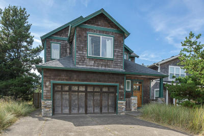 Pacific City Single Family Home For Sale: 6425 Dory Pointe Loop