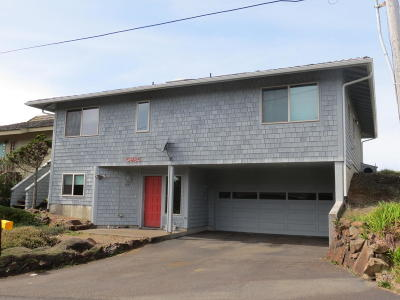 Depoe Bay Single Family Home For Sale: 5985 El Mar Ct