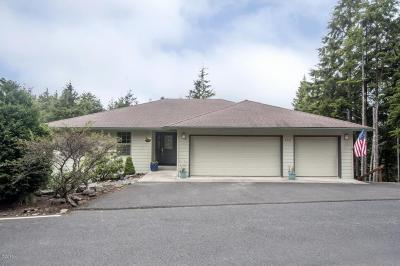 Gleneden Beach Single Family Home For Sale: 443 Siletz View Lane