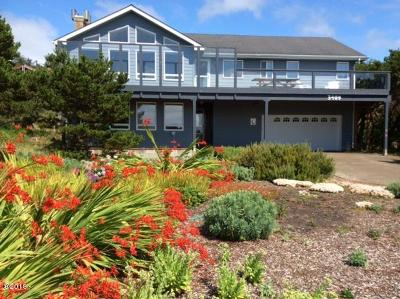 Waldport Single Family Home For Sale: 3409 NW Oceania Dr
