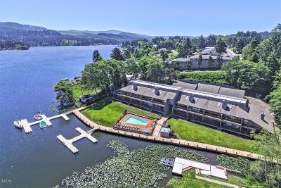 Depoe Bay, Gleneden Beach, Lincoln City, Otter Rock Condo/Townhouse For Sale: 3500 NE West Devils Lake Rd #16