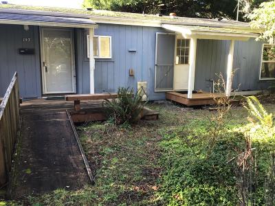 Depoe Bay, Gleneden Beach, Lincoln City, Newport, Otter Rock, Seal Rock, South Beach, Tidewater, Toledo, Waldport, Yachats Mobile/Manufactured For Sale: 197 S Wells Dr