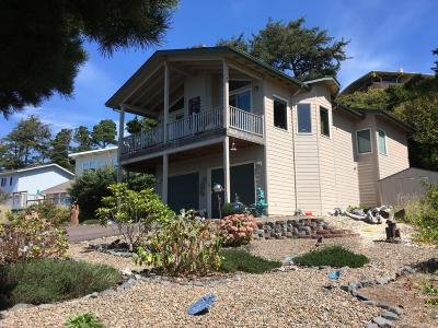 Waldport Single Family Home For Sale: 2201 NW Parker Ave