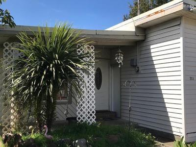 Multi Family Home For Sale: 721 SE Port Ave