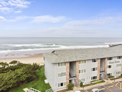 Depoe Bay, Gleneden Beach, Lincoln City, Newport, Otter Rock, Seal Rock, South Beach, Tidewater, Toledo, Waldport, Yachats Condo/Townhouse For Sale: 4229 SW Beach Ave #8