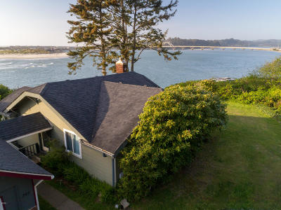 Depoe Bay, Gleneden Beach, Lincoln City, Newport, Otter Rock, Seal Rock, South Beach, Tidewater, Toledo, Waldport, Yachats Single Family Home For Sale: 780,  784 SW Pacific Coast Hwy