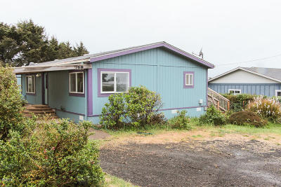 Depoe Bay, Gleneden Beach, Lincoln City, Newport, Otter Rock, Seal Rock, South Beach, Tidewater, Toledo, Waldport, Yachats Mobile/Manufactured For Sale: 768 Aqua Vista Loop
