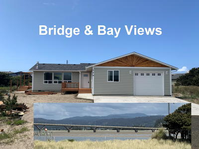 Bayshore Single Family Home For Sale: 114 NW Alsea Bay Dr
