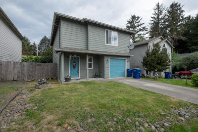Lincoln City Single Family Home For Sale: 601 SE Port Ave