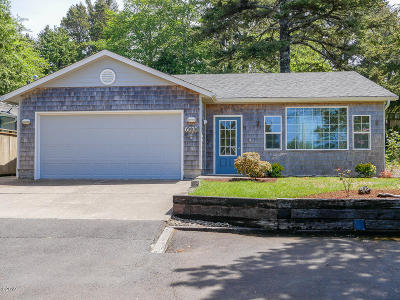 Gleneden Beach Single Family Home For Sale: 6070 Valley View Ave