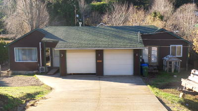 Depoe Bay, Gleneden Beach, Lincoln City, Newport, Otter Rock, Seal Rock, South Beach, Tidewater, Toledo, Waldport, Yachats Single Family Home For Sale: 1333 N Nye St