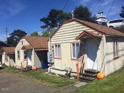 Lincoln City Multi Family Home For Sale: 1615 NW 20th St #A,  B,