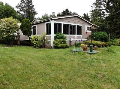 Depoe Bay, Gleneden Beach, Lincoln City, Newport, Otter Rock, Seal Rock, South Beach, Tidewater, Toledo, Waldport, Yachats Mobile/Manufactured For Sale: 54 NE Starr Creek Dr