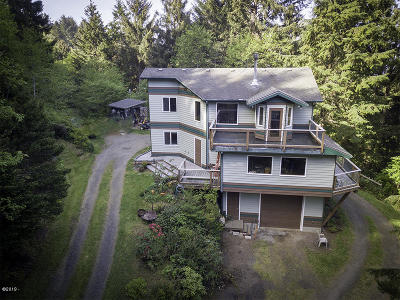 Yachats Single Family Home For Sale: 122 Reeves Circle