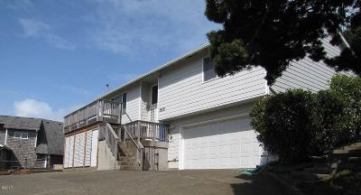 Lincoln City Single Family Home For Sale: 1835 NW 50th St.