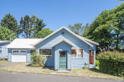 Lincoln City Single Family Home For Sale: 1909 NE 20th St