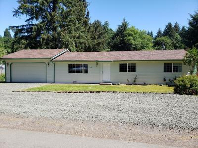 Otis Single Family Home For Sale: 2431 N Chinook Ln