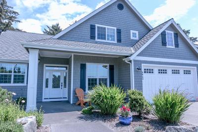 South Beach Single Family Home For Sale: 5615 SW Arbor Dr