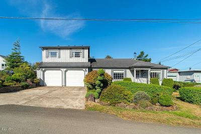 Depoe Bay, Gleneden Beach, Lincoln City, Newport, Otter Rock, Seal Rock, South Beach, Tidewater, Toledo, Waldport, Yachats Single Family Home For Sale: 223 SE Tide Ave