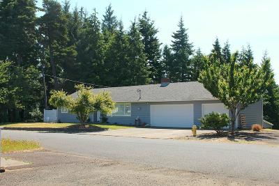 Waldport Single Family Home For Sale: 425 NE Edgecliff Dive