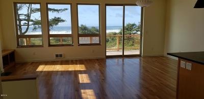 Yachats Single Family Home For Sale: 380 Village Ln