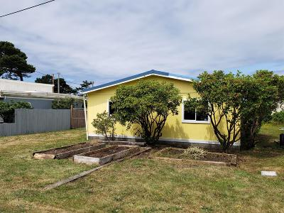 Depoe Bay, Gleneden Beach, Lincoln City, Newport, Otter Rock, Seal Rock, South Beach, Tidewater, Toledo, Waldport, Yachats Mobile/Manufactured For Sale: 364 NW 59th Street