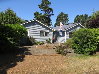 Lincoln City Single Family Home For Sale: 5645 Hacienda Ave