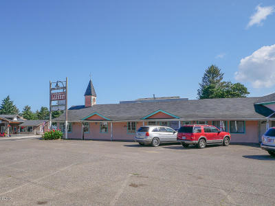 Waldport Commercial For Sale: 215 SW Hwy 101