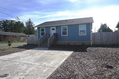 Lincoln City Single Family Home For Sale: 1271 SW 63rd Street