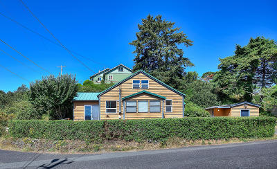 Depoe Bay, Gleneden Beach, Lincoln City, Newport, Otter Rock, Seal Rock, South Beach, Tidewater, Toledo, Waldport, Yachats Single Family Home For Sale: 1138 SW 12th Street