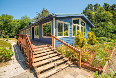 Seal Rock Mobile/Manufactured For Sale: 1460 NW Powe Dr