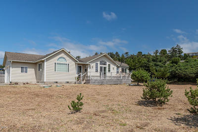 Depoe Bay, Gleneden Beach, Lincoln City, Newport, Otter Rock, Seal Rock, South Beach, Tidewater, Toledo, Waldport, Yachats Single Family Home For Sale: 2405 NW Convoy Way