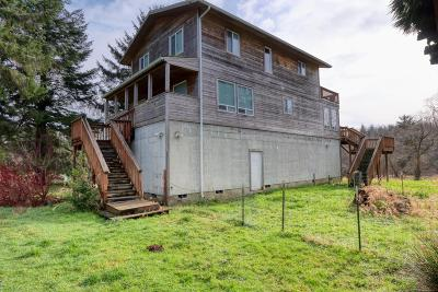 Siletz Single Family Home For Sale: 15138 Siletz