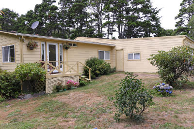 Yachats Single Family Home For Sale: 6117 NE Mason Avenue