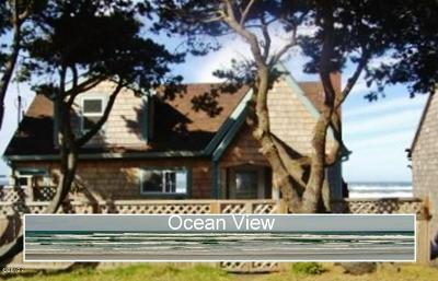 Waldport Single Family Home For Sale: 3818 SW Pacific Coast Hwy