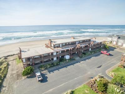 Neskowin Condo/Townhouse For Sale: 48250 Breakers Blvd #13