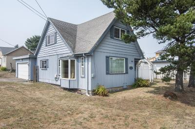 Depoe Bay, Gleneden Beach, Lincoln City, Newport, Otter Rock, Seal Rock, South Beach, Tidewater, Toledo, Waldport, Yachats Single Family Home For Sale: 1431 SW Harbor Ave