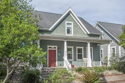 Lincoln City Single Family Home For Sale: 2747 SW Beach Ave