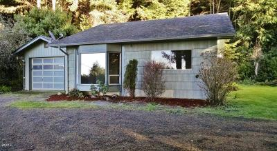 Yachats Single Family Home For Sale: 1660 Highway 101