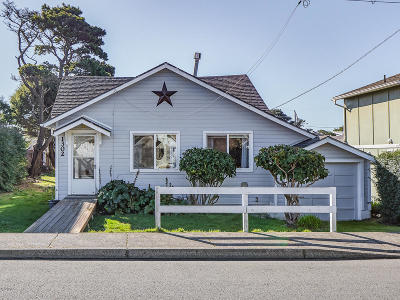 Lincoln City OR Single Family Home For Sale: $239,000