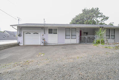 Lincoln City OR Single Family Home For Sale: $275,000